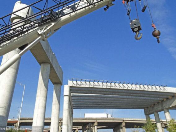 桥梁建筑施工